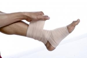 4295341-s-man-with-injured-feet